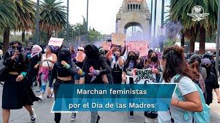 Colectivos feministas y madres de desaparecidos se dieron cita para marchar del Monumento a la Revolución al Zócalo, para exigir justicia por mujeres y víctimas de feminicidio