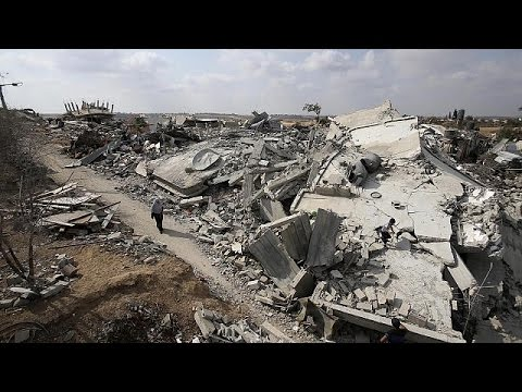 Gaza prepares for end of ceasefire, as talks continue in Egypt