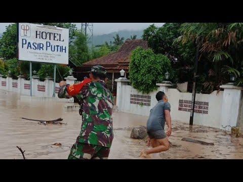 Tarahan-Pasir Putih Banjir, Jalur Trans Sumatera Terputus