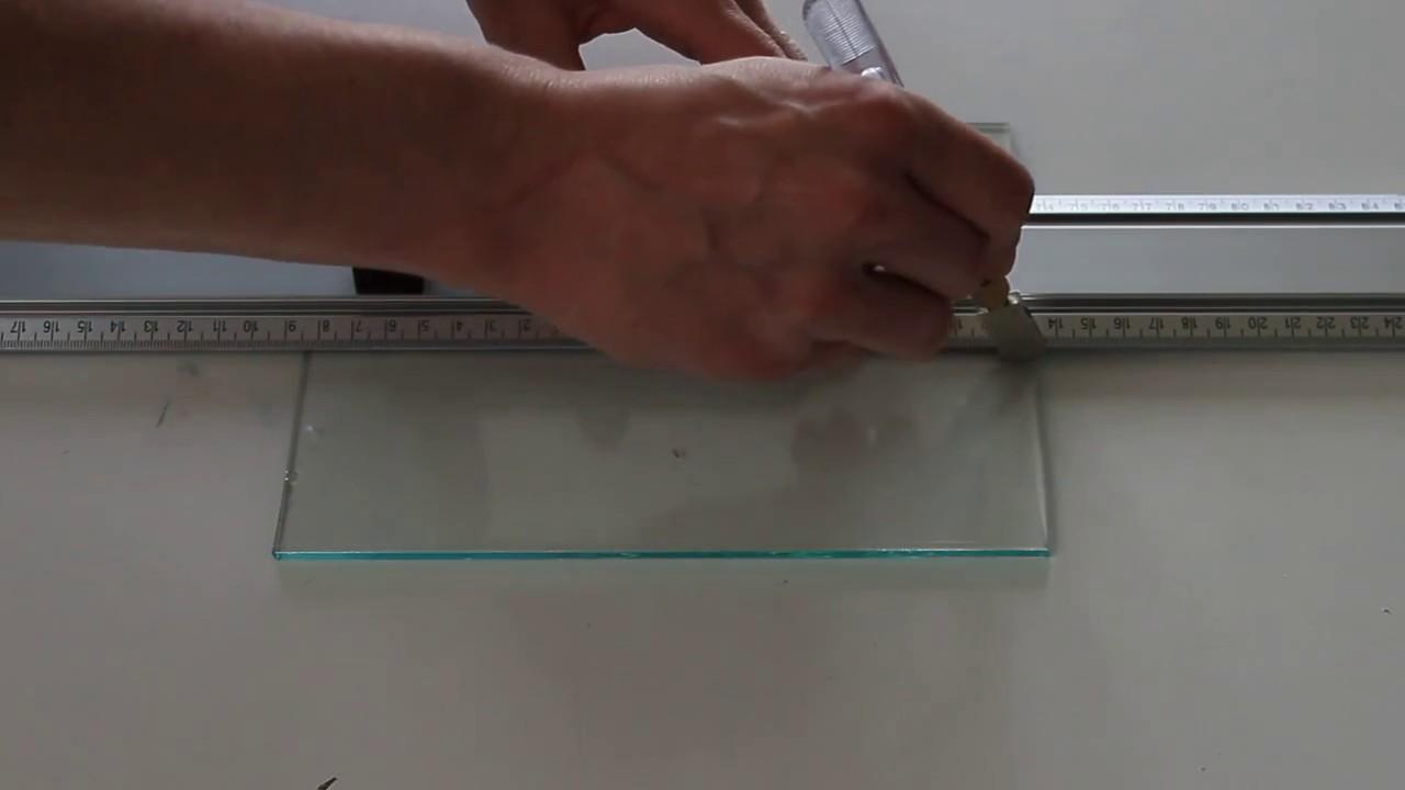 Couper du verre de 4mm youtube - Comment couper du verre feuillete ...