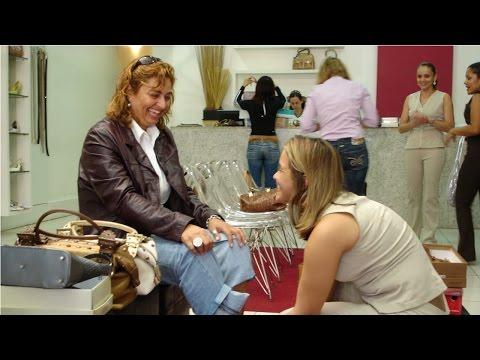Clique e veja o vídeo Treinamento de Atendente de Loja - Tipos de Clientes