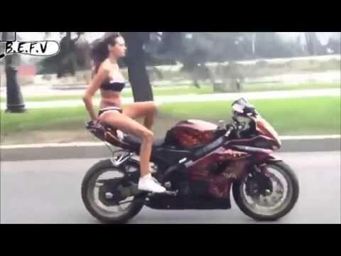 Mặc Bikini Biểu Diển Trên Moto Phân Khối Lớn