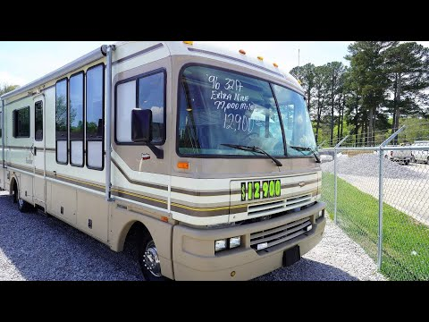 sold!-1996-fleetwood-bounder-35u-retro-class-a-gas,-77k-miles,-generator,-jacks,-clean,-only-$12,900