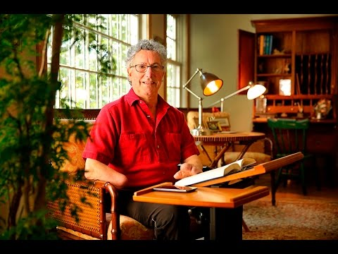 On the eve of the Everest movie premiere, survivor Beck Weathers is a changed man