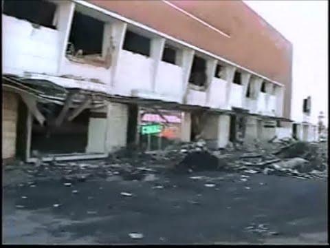 Santa Ana, CA - SEARS building demolition - December 4, 1998