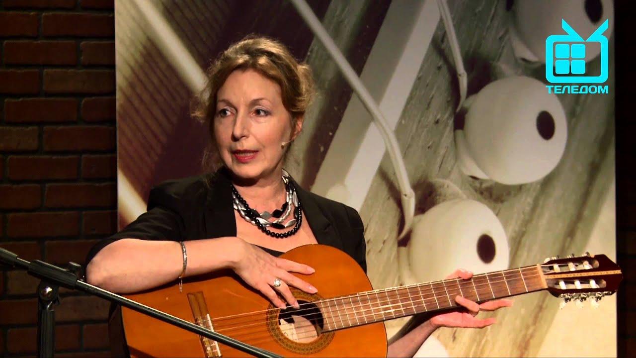 Гитара по кругу. Нина Тарасова и Елена Хомская.