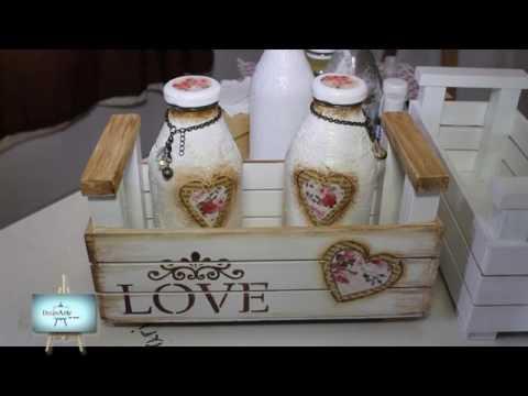 Susana cajon en fibrofacil con decoupage y stencils youtube - Pintar una mesa de madera ...
