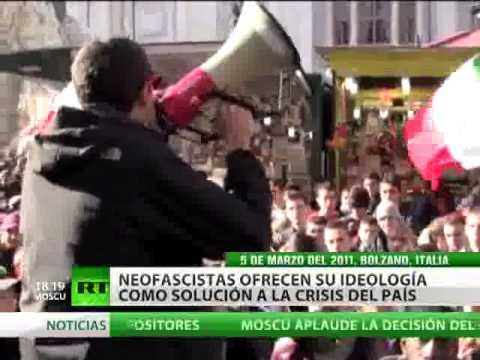 Algunos italianos eligen neofascismo como una solución de la crisis económica