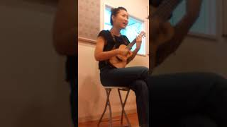 最近ウクレレを始めたので、大好きなslow&easyを弾き語りしてみました♪...