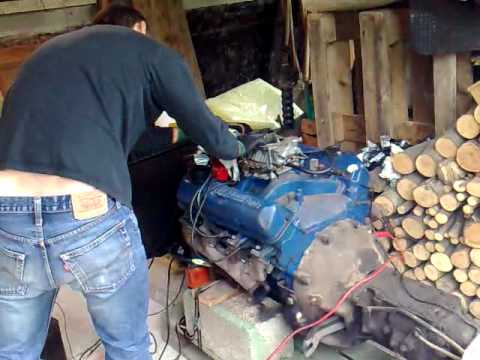 Mustang engine startup and had a bad running carburetor - YouTube