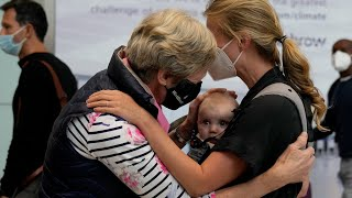 video: Families reunited as vaccinated EU and US travellers arrive in UK without having to quarantine