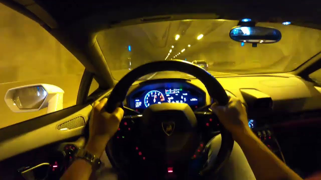 Lamborghini Huracán Spyder TUNNELRUN