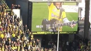 BVB - FC Koeln Hagen pyro Borussia Dortmund vs. FC Koeln Einlauf der Spieler  2011/ 5:0 HD AC/DC
