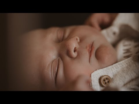 welcome-to-the-world-baby-cohen-|-newborn-videography-|-cinematic