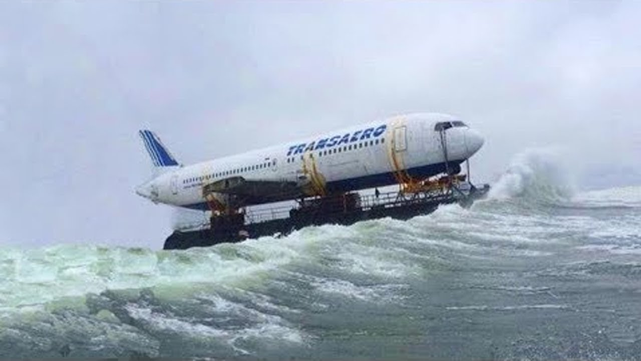10 Most Amazing Incidents with Planes