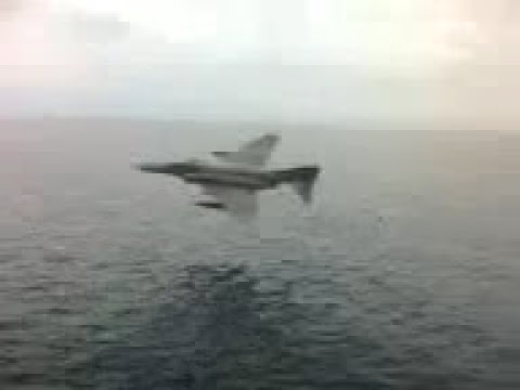 Greek F-4 Phantom ( HAF ), extremely low flight over the Aegean sea!