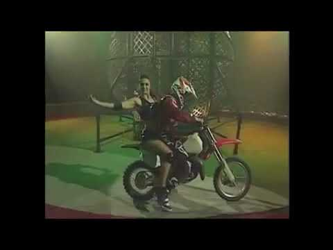 Extreme Globe of Death Motorbike Circus Act Performance entertainment Danger