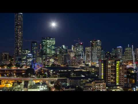 Timelapse of the Super Moon in Brisbane City. Although not t