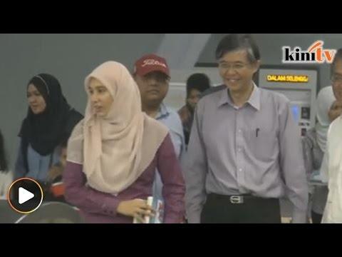 Selepas Najib, Nurul Izzah dan Tian Chua pula naik MRT