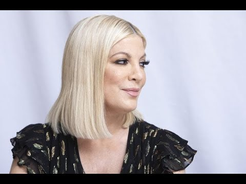 """✅  Tori Spelling is looking back at being bullied as a teen and cyberbullying today. The """"90210"""" alu"""