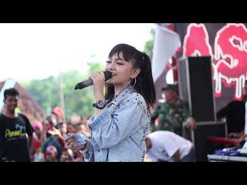 Tawuran Parah Karna Su Sayang  Lagu Terbaru Jihan Audy 2019 D'Lasstiv Amara Live Wirosari