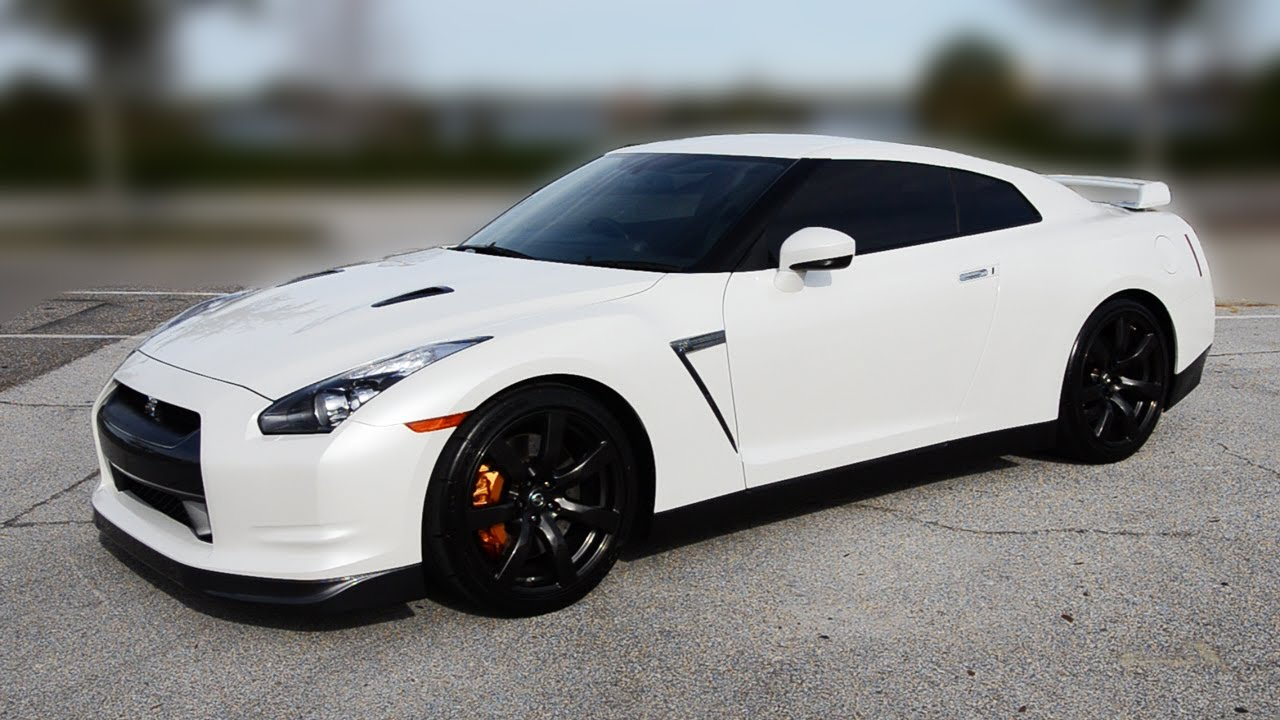 My New Nissan Gt R Premium In Pearl White Youtube