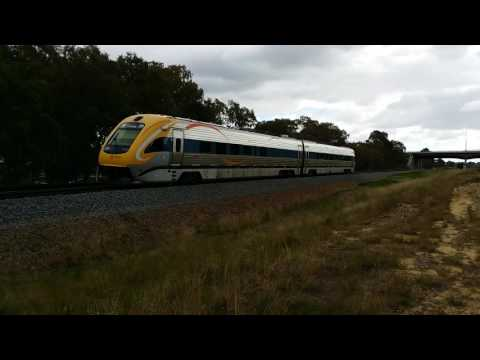 Wa trains 16 - TransWA Prospector and Airbus A-330