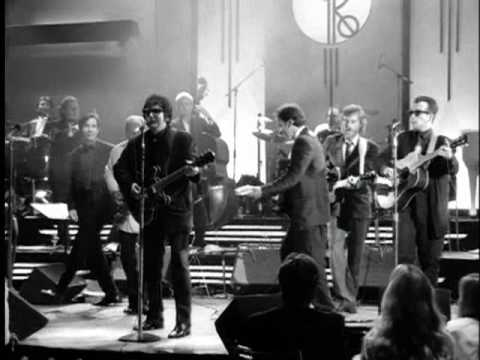 Roy Orbison Oh, Pretty Woman From Black & White Night
