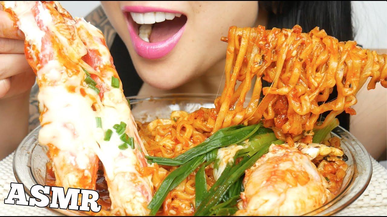 Asmr King Crab Legs Spicy Noodles Scrumptious Big Bites Eating Sounds No Talking Sas Asmr Youtube Thats spider crab not king crab. asmr king crab legs spicy noodles scrumptious big bites eating sounds no talking sas asmr