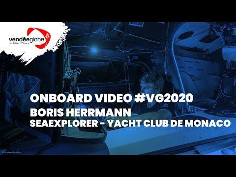 Onboard video - Boris HERRMANN   SEAEXPLORER - YACHT CLUB DE MONACO - 03.12 (2)