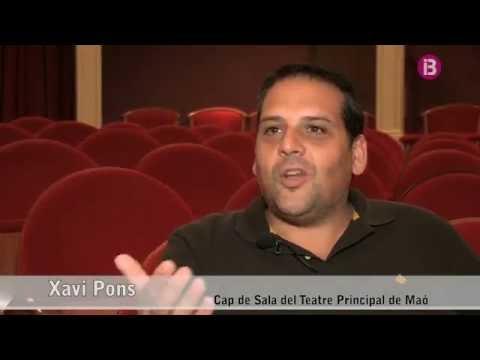 El cap de sala del Teatre Principal de Maó, Xavi Pons, ens obre les portes