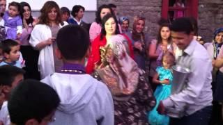 Анкара: танец жениха и невесты на свадьбе