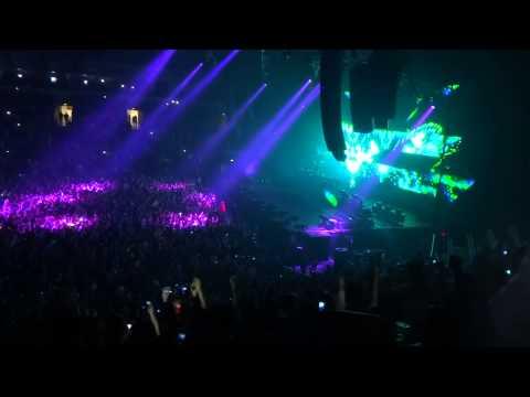 Calvin Harris - We'll Be Coming Back Belfast Odyssey Arena 18.12.2013