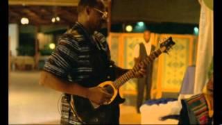 A visit To Ali Farka Toure extrait avec Afel Bocoum