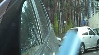Парковка задним ходом елочкой в тесном дворе