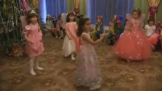 """Новогодний утренник в детском саду Танец """"Зимних фей"""""""