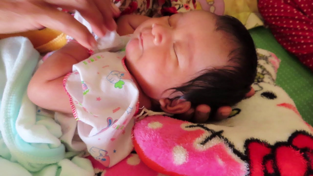 Grandmother Take Care Mony Reach Cute Baby Video
