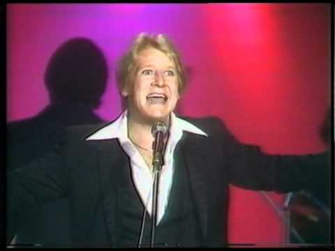 Joe Longthorne (Cleo Laine and Shirley Bassey).mpg