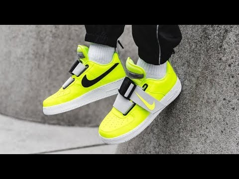 NIKE AIR FORCE 1 UTILITY VOLT LOW STRAP SNEAKER DETAILED REVIEW HYPEBEASTS #Sneakers #sneakerhead