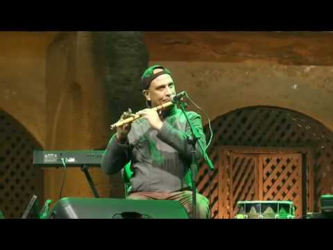 Hadiqa kaini performing exclusive song bohey baariyan live