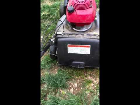"""Honda HRR216 20"""" EZ Start mower"""