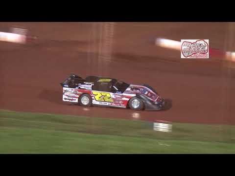 Dixie Speedway 9/9/17 Super Bomber Heat Race!