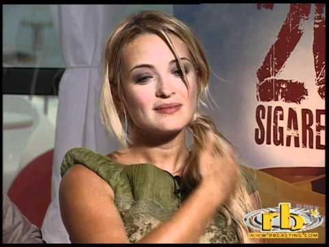 CAROLINA CRESCENTINI, VINICIO MARCHIONI - intervista (20 sigarette) - WWW.RBCASTING.COM