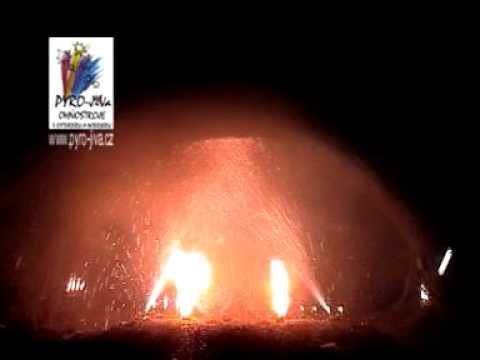 Zahradní ohňostroj od Pyro-JiVa