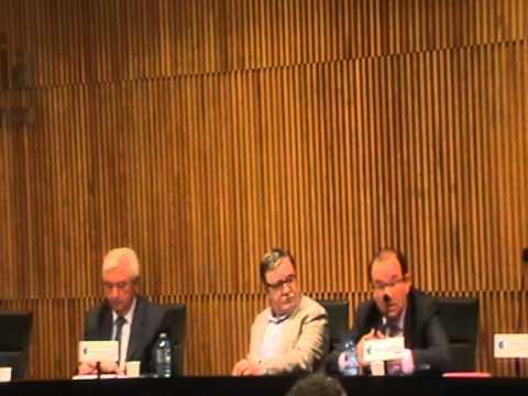 """Debate """"UNIVERSIDADE E COMPOSTELA: Encontros e Desencontros"""""""