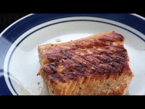 Grilled Salmon (Easy Marinated Grilled Salmon)