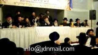 Sadigerer Rebbe attends Chanukas Habayis Of New Beis Medrash In Brachfeld Adar II 5771