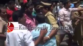Political party fight in Kerala.mp4