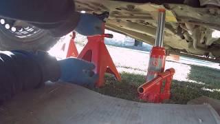 Замена масла в двигателе  Ford Transit Connect