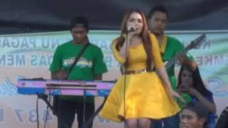 Video JITU NADA#SAMBALADO#VOC TARI YUSINTA#LIVE JATIKALEN NGANJUK APIEX SHOTING download MP3, 3GP, MP4, WEBM, AVI, FLV Oktober 2017